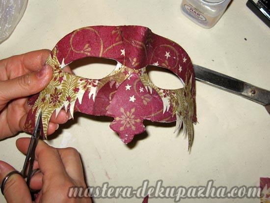 Декупаж маски к новому году 16