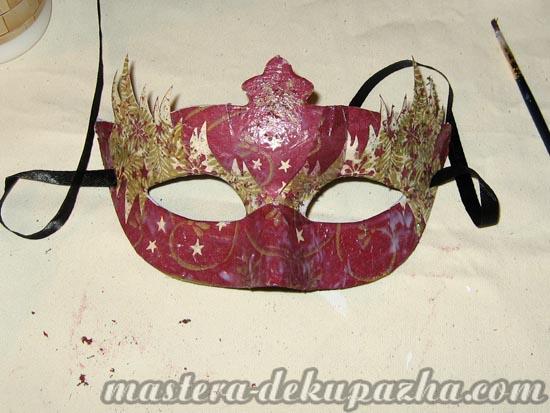 Декупаж маски к новому году 18