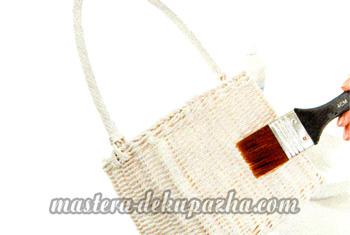 Декупаж плетеной сумки-корзинки 8