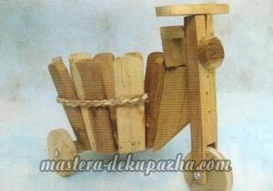 Декупаж деревянного кашпо 1