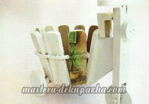Декупаж деревянного кашпо 12