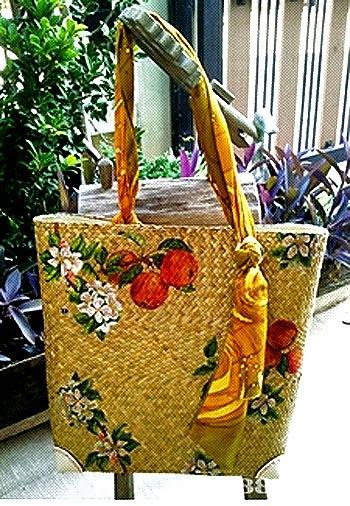 ...сумку, а также сумку-плетенку, сумку из кожзаменителя, кожи и мягкого...