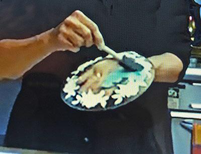 обратный декупаж стеклянных тарелок