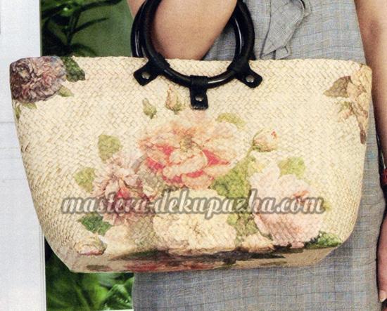 Декупаж плетеной сумки цветочным орнаментом 10