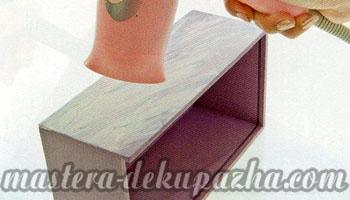Декупаж деревянной салфетницы 13