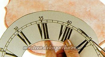 Декупаж настенных часов своими руками 14