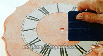 Декупаж настенных часов своими руками 16