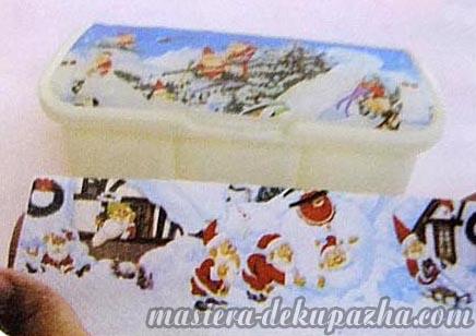 Декупаж новогодней коробки 9
