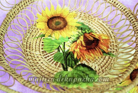 Декупаж плетеной тарелки 12