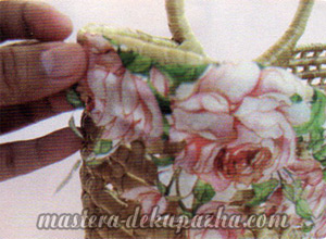 Декупаж плетеной корзины из джута 8